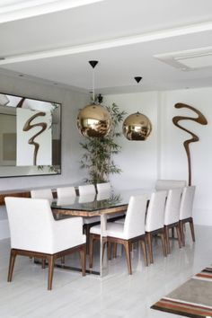 Find the best ideas and inspirations for home. JF Barra da Tijuca Apartment Rio de Janeiro by Paula Müller Architecture and Interior Design Dinning Tables And Chairs, Dining Table Lighting, Luxury Dining Tables, Luxury Dining Room, Glass Dining Table, Home Room Design, Dining Room Design, Home Interior Design, Table Decor Living Room