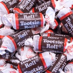 Tootsie Roll Midgees Brown Gluten Free Just Candy makes every occasion sweeter with bulk candy, candy buffets and party favors Chocolate Gummy Bears, Chocolate Covered Raisins, Candy Videos, Candy Gift Baskets, Nostalgic Candy, Old Fashioned Candy, Bulk Candy, Candy Shop, Candy Brands