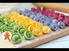 Цветные пельмени — Kyxarka.ru Pasta Dinner Recipes, Yummy Pasta Recipes, Pasta Dinners, Rainbow Pasta, Rainbow Food, Tart Crust Recipe, Colored Pasta, Pasta Casera, Party Food Platters