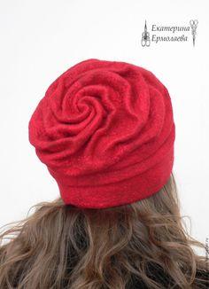 """Купить Шапка валяная """"Роза"""" красная 2 - ярко-красный, валяная шапка, шапочка валяная"""