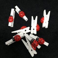 50pcs White 25mm Wooden Pegs With Ladybugs Ladybirds by Susucrafts