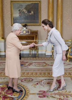Angelina wurde von Queen zur Dame ernannt   look! - das Magazin für Wien