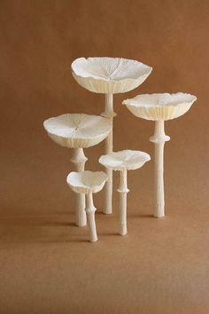 Paper Mushroom Tutorial by Kate Alarcón for Design*Sponge Diy Paper, Paper Art, Paper Crafts, Diy Crafts, Handmade Flowers, Diy Flowers, Paper Flowers, Mushroom Crafts, Mushroom Art