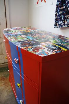 Comic Dresser - love the idea of using comic books on the top, would look great in black and white