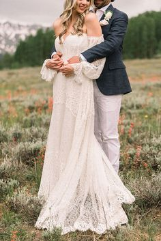 Ralph Lauren meets Boho Bridal Style for this Mountain Micro Wedding