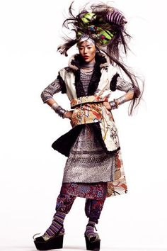 Liu Wen goes nomadic for the January issue of Vogue Spain. Photographed by Thomas Schenk and outfitted by Havana Laffite, Liu sports heavily layered looks from the likes of John Galliano, Rodarte, Missoni and others in the dynamic Nomadas. (320×480)