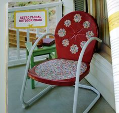 Retro Floral Chair makeover with Mod Podge