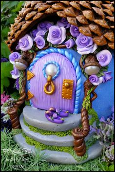 Fairy House! www.alittlefurinthepaint.blogspot.com Art ~ Fairy ~ Fae ~ Faerie ~ Fairy House ~ Gourd ~ Gourd Art