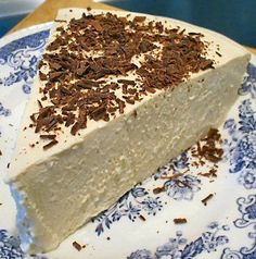 1 packet unflavored gelatin 3/4 cup Da Vinci sugar-free syrup, vanilla flavor 24 ounces cream cheese, softened 1/2 cup natural peanut butter 1 cup heavy cream, whipped Whipped cream or Whipped Topping for garnish, optional * Grated chocolate, optional * View the full recipe HERE.