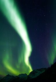 The Lofoten Islands are famous for their beauty, both with and without the northern lights - When and Where to Find the Northern Lights