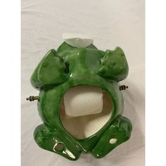 1960s Green Frog Toilet Paper Holder | Chairish Frog Toilet Paper Holder, Frog Bathroom, Home Building Design, Green Frog, 1960s, Porcelain, Porcelain Ceramics, Sixties Fashion, Tableware