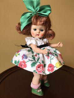 Vintage Vogue Strung Ginny Doll Kindergarten by Vintageginnydoll