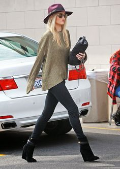 Rosie Huntington Whiteley Style x ITEMMIZED