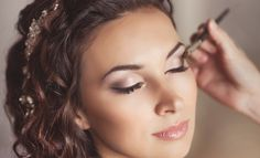 Choosing A Makeup Artist For Your Wedding Day