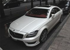Luxurious CLS (Mercedes Benz)