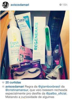 Olha a #charmeebr arrasando na caixa da Glambox Brasil by Pat Bo, lançada na SPFW! As lixas de vidro fizeram sucesso com as blogueiras da moda! :)