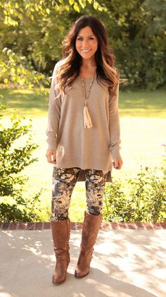 Fall leggings my style fall outfits, leggings outfit fall y Patterned Leggings Outfits, Leggings Outfit Fall, Cheap Leggings, Leggings Fashion, Tunic Tops With Leggings, Coloured Leggings, Tribal Leggings, Leggings Store, Legging Outfits