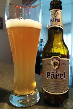 6-Apr-2015 : Witte Parel by Budelse Brouwerij B.V. A standard wheat beer that's available at the Albert Heijn. Not quite as good as the german hefeweizens, but decent. #ottbeerdiary