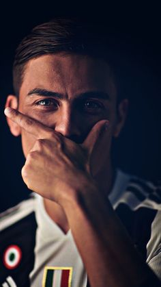 Style DIbala When Scores paulo dybala Football Hits, Neymar Football, Best Football Players, Sport Football, Soccer Players, Juventus Fc, Juventus Soccer, Juventus Players, Cr7 Messi