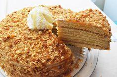 Rus Pastası - Medovik Tarifi (Ballı Pasta) - Pratik Tarifler