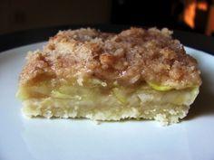 """Zucchini """"Apple"""" Pie Bars"""