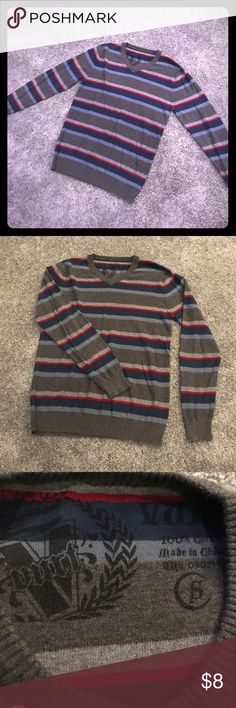 Men's Red Navy Grey Sweater V neck sweater in excellent condition.  Size Small Vurt Sweaters V-Neck