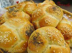 Nadýchané houstičky z Vysočiny od Barušky. Slovak Recipes, Bread Recipes, Bread Rolls, Dumplings, Food And Drink, Baking, Healthy, Women's Fashion, Basket