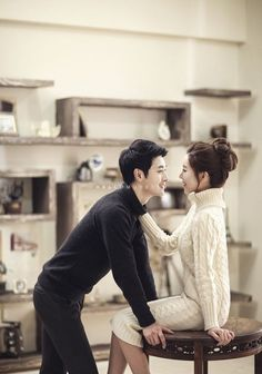 Korea pre wedding photography, Korean pre-wedding photo studio, pre wedding phot… – Wedding For My Life Pre Wedding Poses, Pre Wedding Photoshoot, Korean Couple Photoshoot, Wedding Shoot, Wedding Reception, Korean Wedding Photography, Couple Photography, Photography Ideas, Indoor Photography