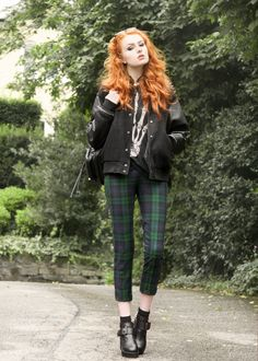 Grunge Style, Soft Grunge, Uk Fashion, Gothic Fashion, Vintage Fashion, Fashion Outfits, Grunge Outfits, Fall Outfits, Cute Outfits