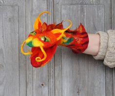 Hand puppet Red Dragon felted toy for children's por filcAlki Felt Puppets, Puppet Toys, Handmade Toys, Etsy Handmade, Dragon Puppet, Fabric Dolls, Rag Dolls, Paper Dolls, Nursery Toys
