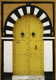 Tunisian doors are the most beautiful