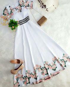 Vestidos flores So cute! Cute Fashion, Modest Fashion, Girl Fashion, Fashion Dresses, Womens Fashion, Fashion Killa, Pretty Outfits, Pretty Dresses, Beautiful Dresses