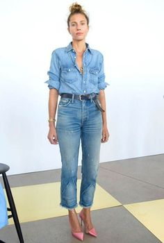 70 Younger Looks With Double Denim Ideas 24 Look Jean, Denim Look, Denim On Denim, Denim Purse, Denim Shoes, Komplette Outfits, Casual Outfits, J Crew Outfits Summer, Denim Outfits