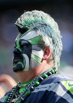 35 Seahawks Fans Winning The Makeup Game