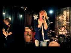 Shake Me Down (Live From The Basement At Grimey's) -  Cage The Elephant