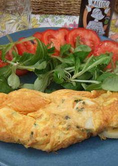 Tortilla francesa rellena de palmitos Omelet, Relleno, Eggs, Chicken, Tortilla, Quiches, Food, Homemade Recipe, Salads