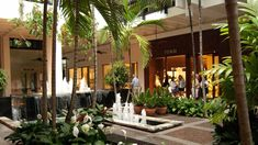 Bal Harbour, interior tropical fountains, luxury retail (Bal Harbour, Florida)