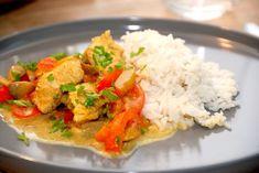 Kalkungryde med ris er nem og dejlig hverdagsmad, der laves på en halv time. Kalkungryden er sund og nærende, og koges i 10 minutter. Kalkungryde med kogte ris er en hurtig ret på travle hverdage, fordi