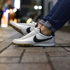 Nike Waffle Racer, Nike Racer, Dream Shoes, Crazy Shoes, Gucci Sneakers, Sneakers Nike, Walking Gear, Mens Fashion Shoes, Sneaker Boots