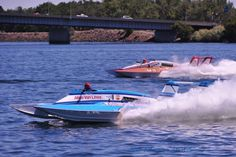 Atlas Van Lines vs. Miss Bud Miss Budweiser, Columbia Cup Tri-Cities Pasco Kennewick WA classic unlimited class hydroplane hydroplanes hydro hydros racing boat boats