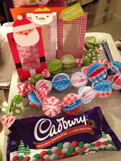 Making garlands and eating chocolate...
