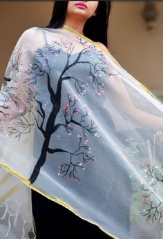 White organza Floral Handpainted Stole  Pick this exclusive hand-painted stole from www.colorauction.com #handpainted #indianwear #stole #nature #colorauction Saree Painting, Dress Painting, Fabric Painting, Indian Attire, Indian Wear, Indian Outfits, Hand Painted Dress, Painted Clothes, Black Suit Dress
