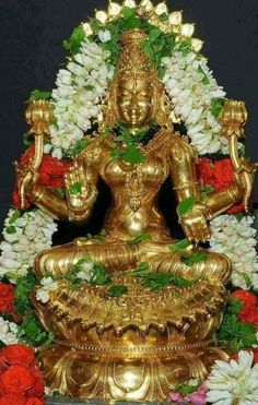 Durga Images, Lakshmi Images, Indian Goddess, Goddess Lakshmi, Krishna Temple, Lord Krishna, Buddha, Lord Balaji, Buddhism