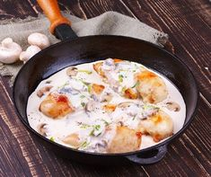 How to Make Delicious Poulet à l'Estragon. Use our hashtag!I am so excited that you are making a recipe and would love to see how it turns out. Cooking Recipes, Healthy Recipes, Healthy Food, Game Recipes, Food Facts, Main Meals, Food Inspiration, Food To Make, Diet