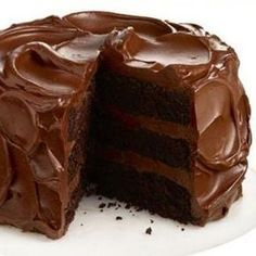 Because today is National Devil's Food Cake Day , I thought I'd revisit the question: What's the difference between Devil's Food C. Chocolate Fudge Cake, Chocolate Flavors, Chocolate Desserts, Tarta Chocolate, Pear And Almond Cake, Almond Cakes, Pillsbury Cake Recipe, Chocolates, Cakes Today