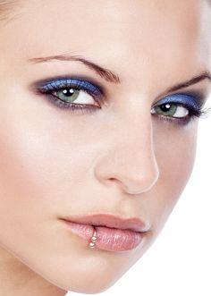 76 Best Lower Lip Piercing Images Lower Lip Piercing Body