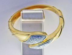 Classic, Stuff To Buy, Jewelry, Derby, Jewlery, Bijoux, Jewerly, Classical Music, Jewelery