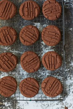 Nigella Lawson calls these simple chocolate biscuits 'Granny Boyd's biscuits' after her editor's, Eugenie Boyd, granny – who gave her the recipe. You can find the melt-in-the-mouth recipe in Paul A Yo(Baking Cookies With Kids) Chocolate Biscuit Recipe, Chocolate Biscuits, Chocolate Chip Cookies, Chocolate Week, Chocolate Butter, Chocolate Muffins, Chocolate Brownies, Mint Chocolate, Chocolate Desserts