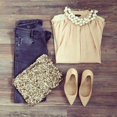 Cute outfit.  Would be even better with a cute jacket for fall <3