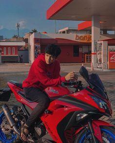 Cute Emo Boys, Cute Asian Guys, Cute Teenage Boys, Boy Images, Cute Boys Images, Best Love Photos, Srt8 Jeep, Biker Photoshoot, Cool Boy Image